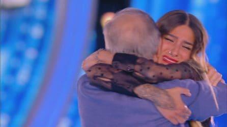 """Grande Fratello 2019, Erica Piamonte riabbraccia i genitori: """"Noi ti sosterremo sempre"""""""