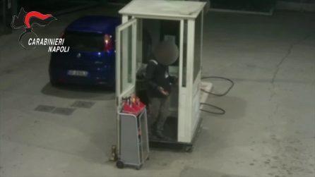 Otto rapine in tre mesi a due benzinai, presi dopo un inseguimento