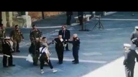 Accoltella militare durante le prove del 2 Giugno a Ravenna: donna arrestata per tentato omicidio