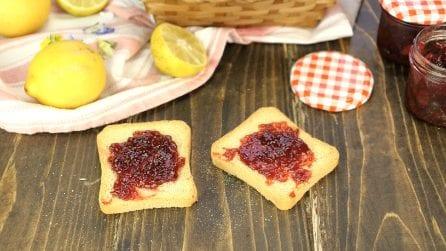 Marmellata di fragole fatta in casa: un metodo semplice e veloce!