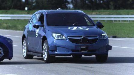 ZF presenta l'airbag esterno che protegge dagli incidenti laterali