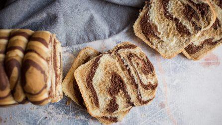 Pan bauletto zebrato: quando taglierete una fetta l'effetto vi stupirà!
