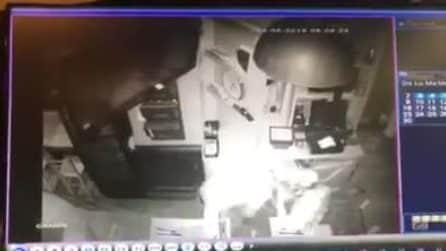 Furto al pub Mac Dowell a Napoli, il video su Fb: potrebbero essere gli stessi ladri del Soulbar