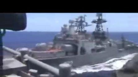 Collisione sfiorata tra navi da guerra Russia-Usa in Mar cinese