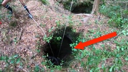 Intrappolato per 3 settimane lì sotto: la scoperta di un gruppo di escursionisti