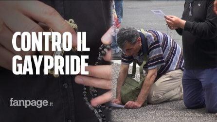 """Roma, gli integralisti cattolici pregano contro il Gay Pride: """"Atto di riparazione per le blasfemie"""""""