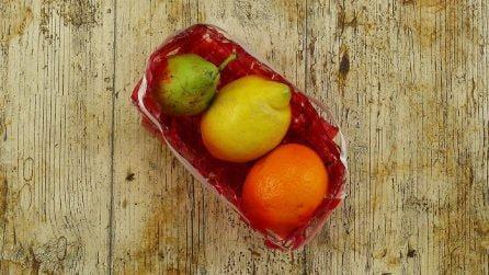Taglia una bottiglia di plastica e crea uno splendido cestino per la frutta!