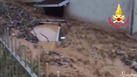 Maltempo, frana a Mazzunno: strade invase da acqua e fango