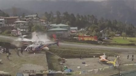 Nepal, aereo si schianta contro elicottero: l'incidente è fatale per 3 passeggeri