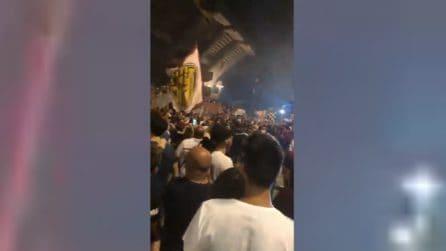 "Centenario Salernitana, i tifosi cantano: ""Chi non salta è napoletano"""