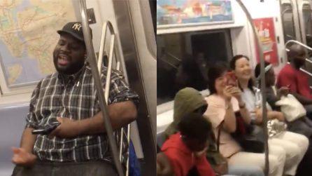 """Parte la canzone dei Backstreet Boys e nella metro inizia un """"concerto"""""""