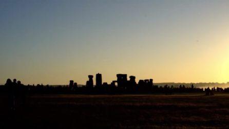 Solstizio d'estate a Stonehenge: il panorama è mozzafiato