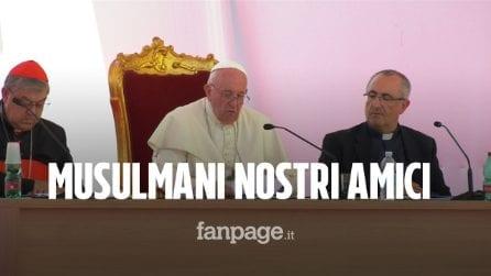 """Papa Francesco in visita Napoli: """"Musulmani nostri amici. Questa città ricca di tradizione"""""""