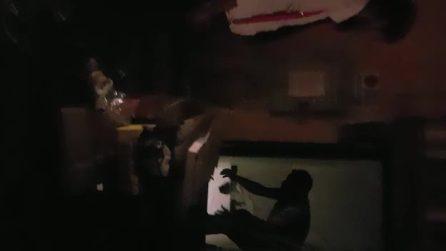 Presidente Ama filma i rifiuti: Hugh Grant la scambia per paparazzo e le toglie il telefono