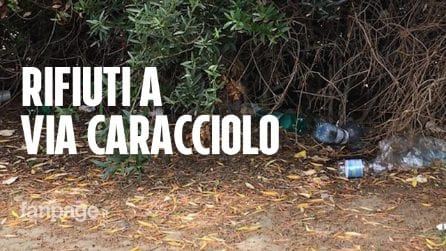 Napoli plastic free? Un bluff: il Lungomare invaso da plastica e rifiuti inquinanti
