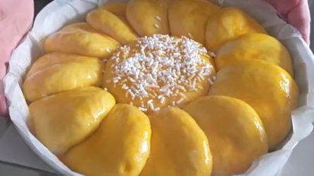Brioche gigante con crema all'arancia: soffice e golosissima