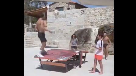 Joao Felix è un fenomeno anche al calcio-pingpong