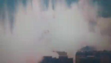 Il Ponte Morandi non esiste più, il momento del crollo