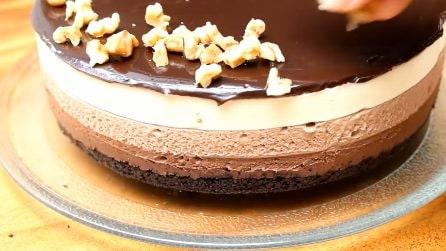 Cheesecake tre strati: così cremosa che conquisterà tutti
