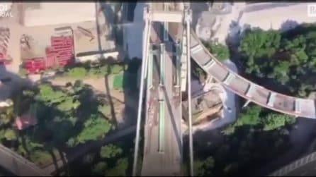 La demolizione del ponte Morandi di Genova vista dall'alto
