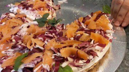 Cheesecake salata salmone e radicchio: un piatto rustico che vi delizierà