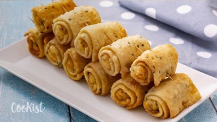 Samosa rolls: a great, easy to make a starter!