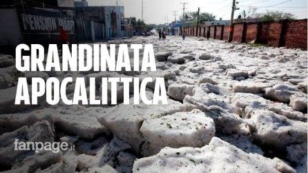 Grandinata storica: intera città sommersa da metri di ghiaccio in piena estate