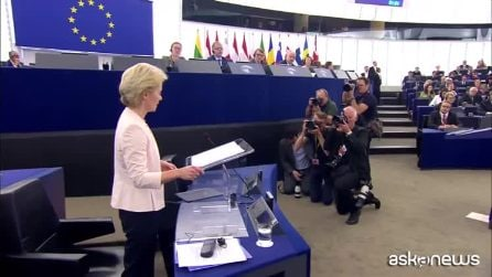Ue: von der Leyen, discorso europeista e standing ovation