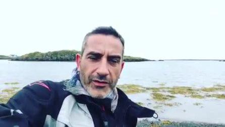 """Matteo Viviani ricoverato in Islanda: """"Febbre alta e mal di stomaco per via di un virus"""""""