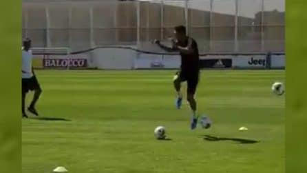 Cristiano Ronaldo preso a pallonate ma nessuno lo ferma
