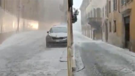 Maltempo Veneto: le strade si trasformano in fiumi di ghiaccio
