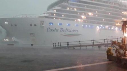 """Venezia, il comando della nave da crociera: """"Non ci serve un altro rimorchiatore, siamo tranquilli"""""""