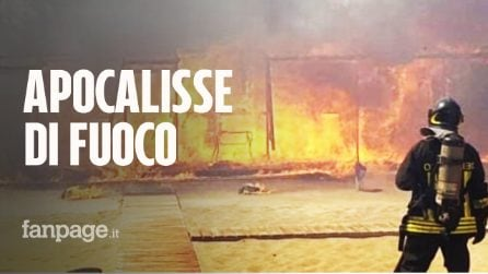 """Maxi incendio a Catania, lido Europa distrutto: """"Rimanete in spiaggia, non tornate a casa"""""""