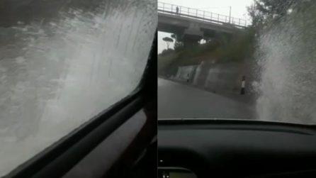 Maltempo Molise, le strade sono allagate e le auto rischiano grosso