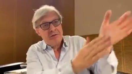 """""""Sto con Balotelli"""", per Sgarbi lo scooter in acqua è un'opera d'arte"""