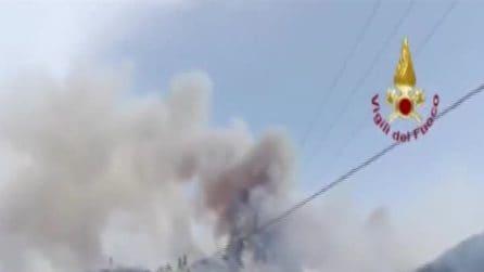 Sardegna, le immagini del vasto incendio a Tortolì