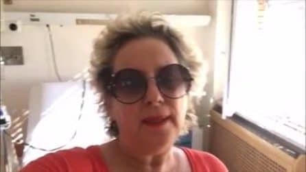 """Carolyn Smith in ospedale per la chemio: """"Il tumore è stabile, sono stanca"""""""