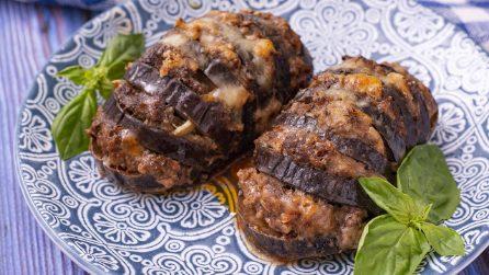 Melanzane ripiene a ventaglio: perfetta per un pranzo da leccarsi i baffi!