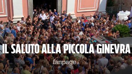 """Bimba morta a San Gennaro Vesuviano, folla ai funerali: """"Siamo sconvolti"""""""