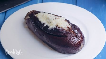 Stuffed eggplants: it's full of flavor, packed with veggies, and takes just 30 minutes to make!