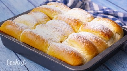 Milk buns: milky taste soft, and with a melt in your mouth texture!