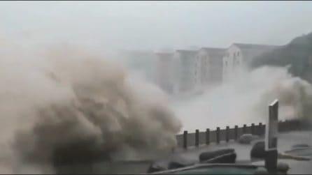 Super tifone colpisce la Cina: almeno 13 morti e 16 dispersi