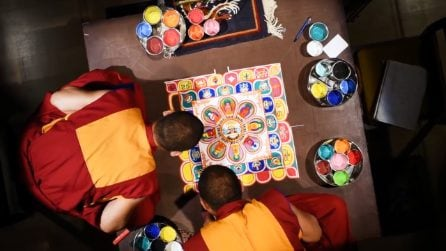 Cosa sono i mandala: tutto il fascino di opere d'arte che nascondono un prezioso insegnamento