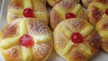 Mini brioche con crema: resistere al loro sapore sarà impossibile