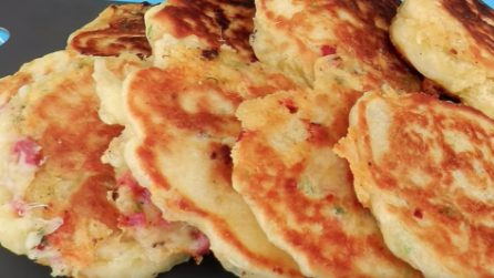 Frittelle al formaggio filanti: il secondo piatto sfizioso e gustoso