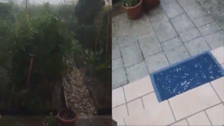 """Grandine, pioggia e vento forte a Treviso: """"C'è il diluvio"""""""