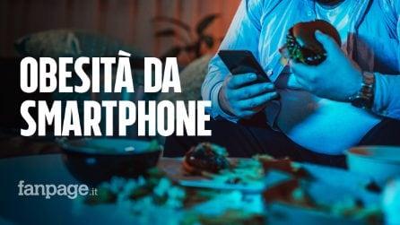 Obesità da smartphone: ecco perché ingrassi se lo usi più di 5 ore al giorno