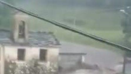 Maltempo in Alta Valsassina: fiume di fango e detriti travolge Casargo
