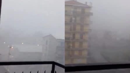 Maltempo Lombardia, forti temporali e strade completamente allagate