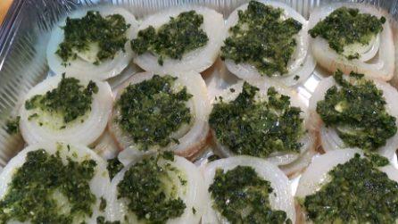 Cipolle gratinate: un contorno pronto in pochi minuti e delizioso